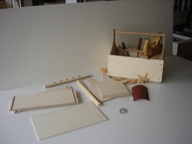tischlermeister stefan schedlbauer werkzeugkasten f r kinder. Black Bedroom Furniture Sets. Home Design Ideas